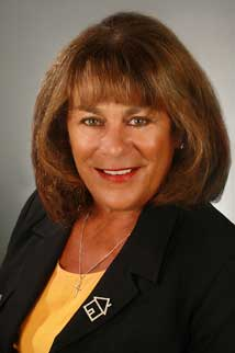 Real Estate Agent Noreen Buller