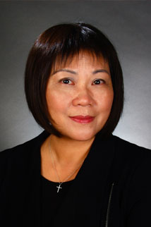 "Real Estate Agent Wah Kuen Fok ""Wanda"""