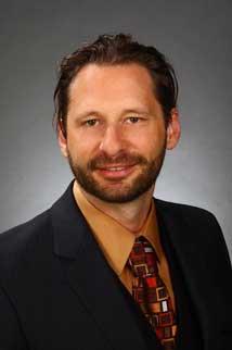 Real Estate Agent Darryl Hughey