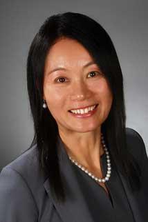 Real Estate Agent Rui Hua Han