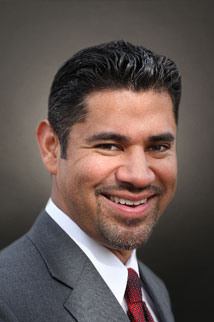 Real Estate Agent Sergio Sosa
